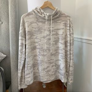 GAP   Camouflage cowl neck drawstring sweater size M